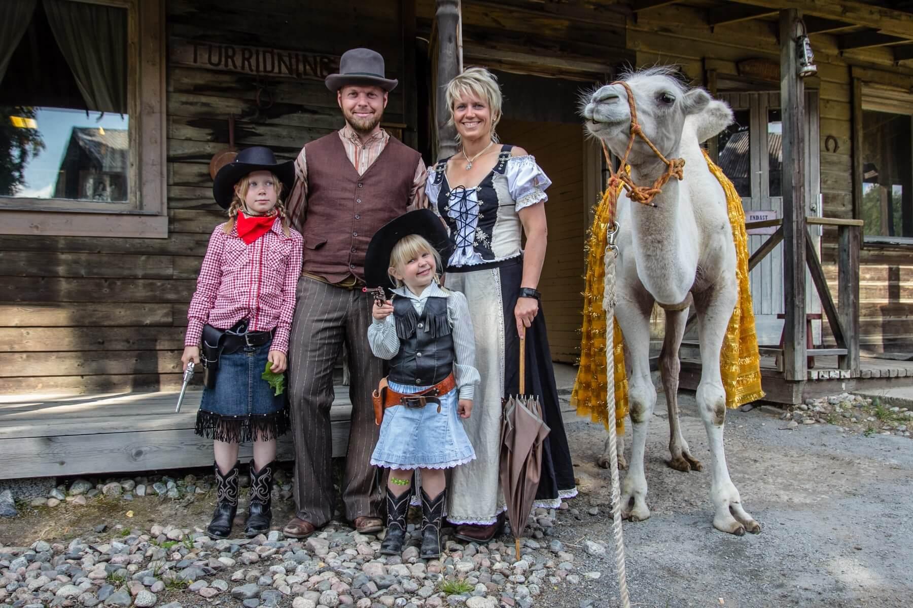 Familj - Western Farm ea51ae9124068